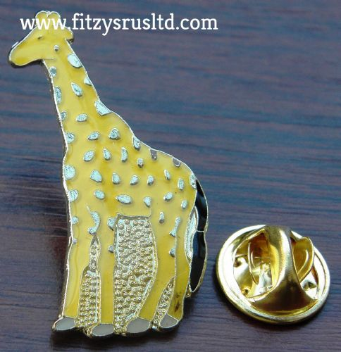 Giraffe Metal Lapel Hat Cap Tie Pin Badge Brooch - Animal Lover Souvenir Gift